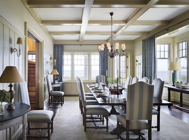 Another view of the dining room, with the staircase visible from the left. Restrained formality......got to love it.