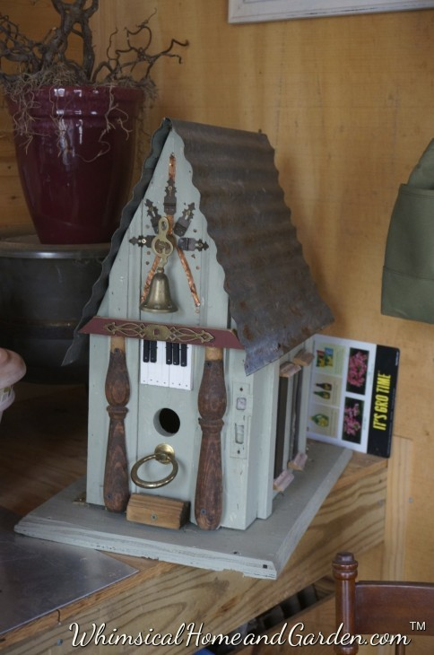 One of the birdhouses I made of entirely old house parts and things in the workshop and in my junk box that I keep just for making more bird houses or other projects for around the garden.......