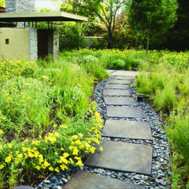 Garden paths for Paving designs for small garden path