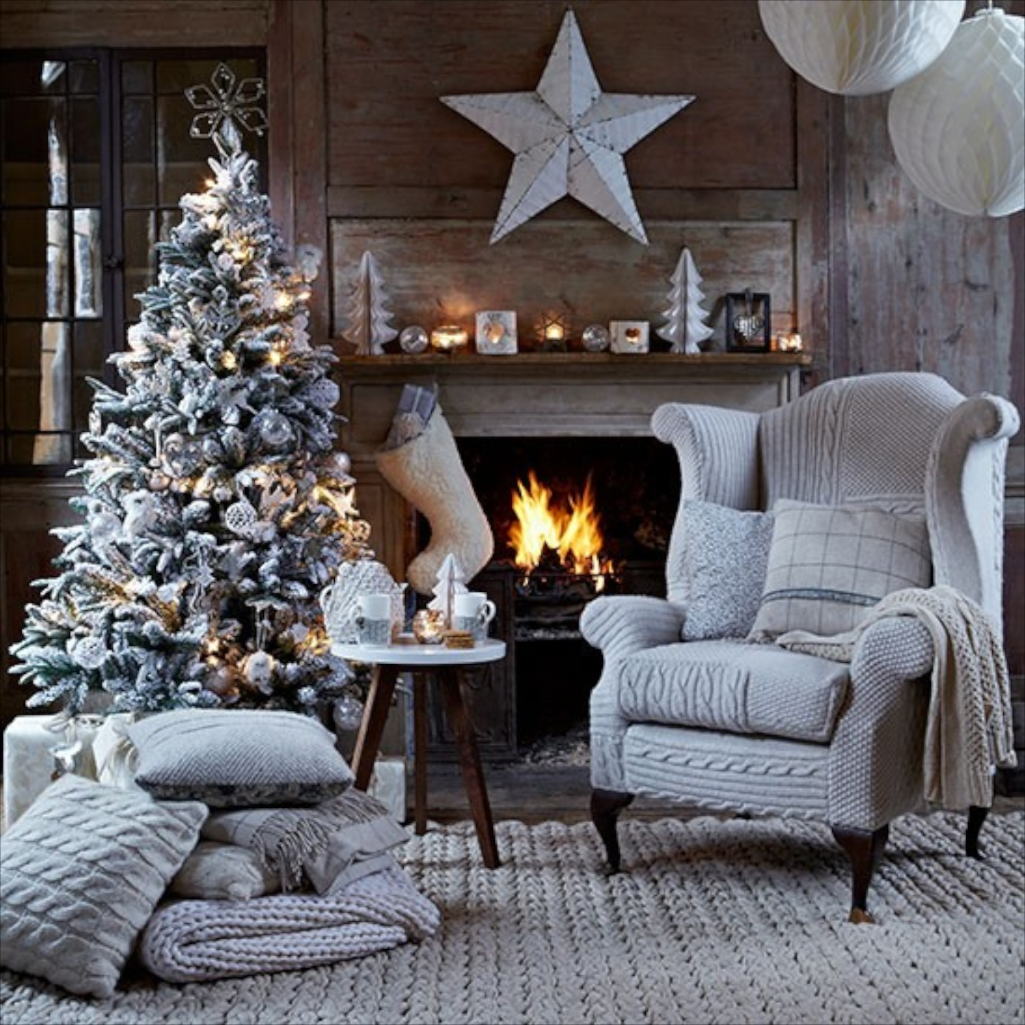 03 christmas living room with knitted chair cover country homes