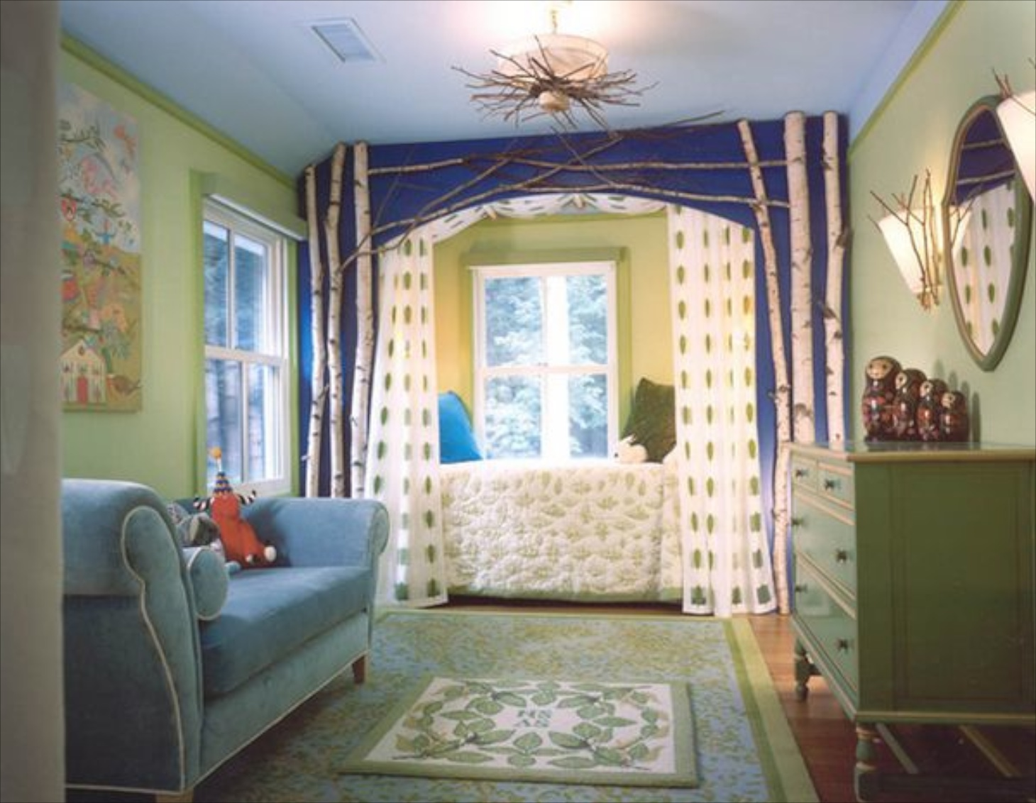 Extravagant tree branches How to decorate a teenage room