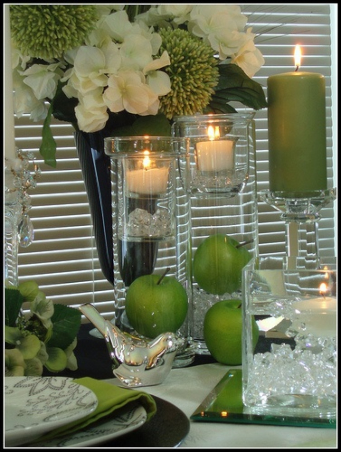 Summer tablescapes for Lime green home decorations