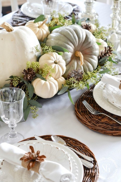 http://www.stonegableblog.com/soft-and-natural-thanksgiving-tablescape/