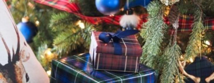 It's a Plaid, Plaid, Plaid Christmas